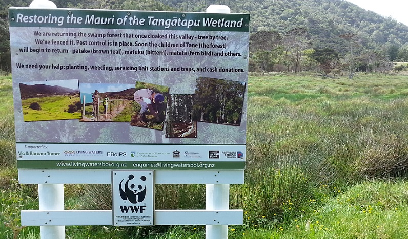 Tangatapu sign WWF red